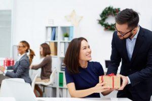 Sư Tử Vàng: Xưởng sản xuất quà tặng khách hàng uy tín tại Hà Nội